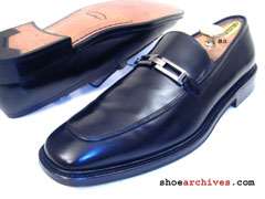 Salvatore Ferragamo LIMIT Gancini Loafers